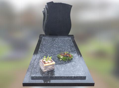 Monument 9